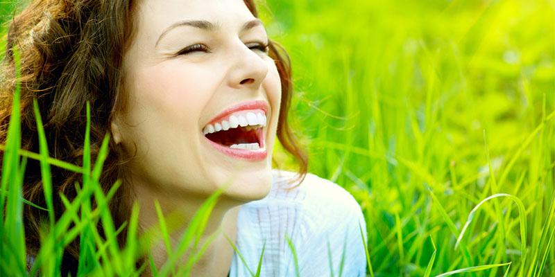 Fericirea: Ce este fericirea si cum poti sa te simti fericit si implinit